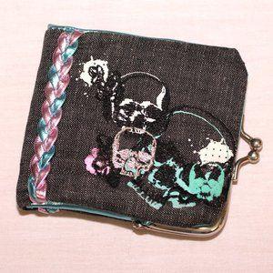 Loungefly skulls bifold wallet